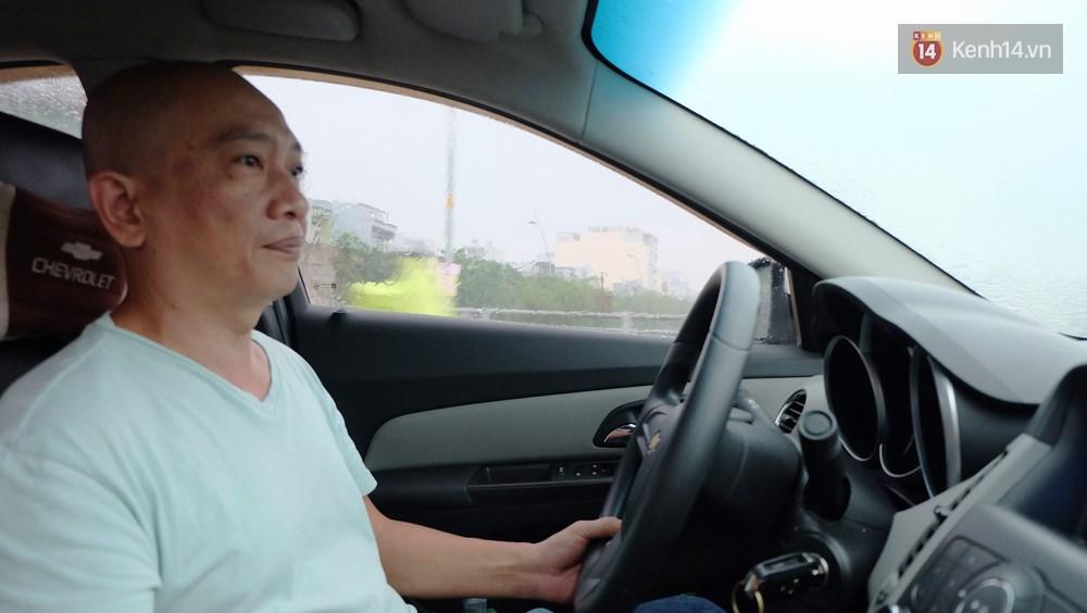"""Anh lái taxi vui tính nhất Sài Gòn và chuyện """"Sống trên đời mỗi người nhường nhau một tí, thì chuyện gì cũng giải quyết"""