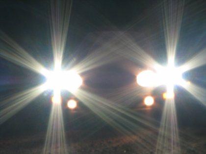 lưu ý đèn pha ô tô