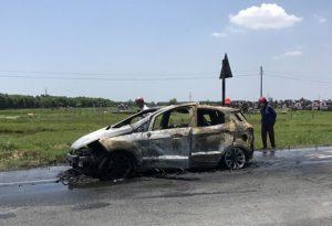 cháy xe Ford