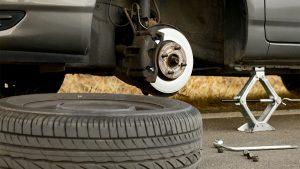 lốp xe ô tô bị rung lắc