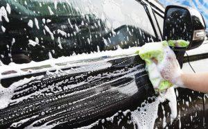 tự rửa xe ô tô tại nhà an toàn