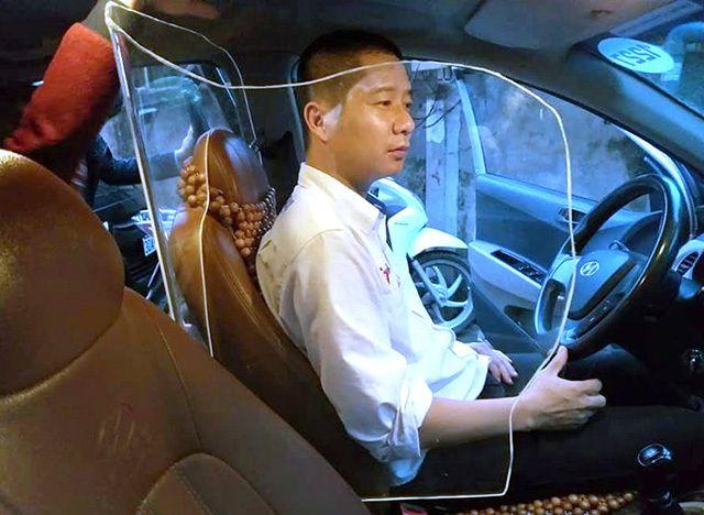 Lắp thêm khung cứng bảo vệ cho tài xế: Có vi phạm pháp luật không?